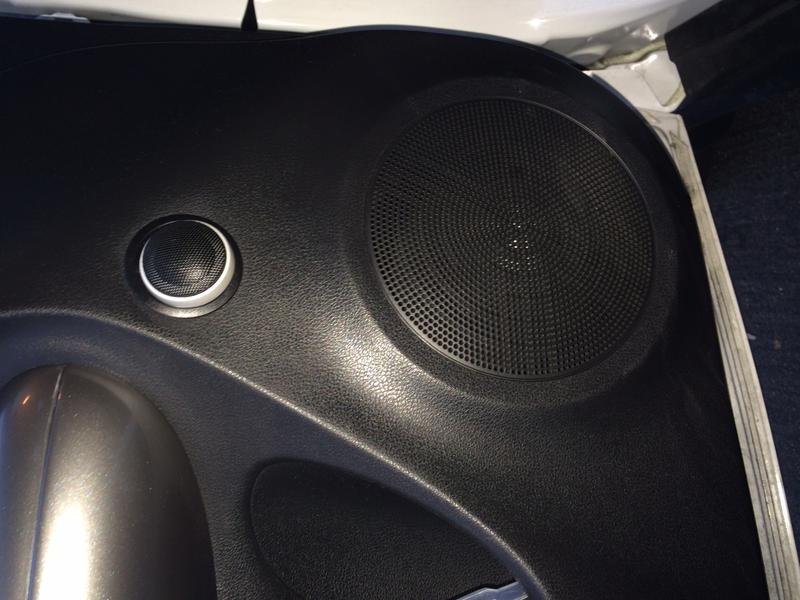 Component speakers for 02 wrx door speaker size