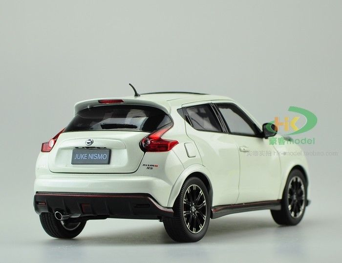 1 18 nissan juke nismo rs die cast model white. Black Bedroom Furniture Sets. Home Design Ideas